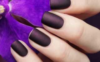Милый фиолетовый маникюр с лунным френчем: маникюр, фото дизайна ногтей