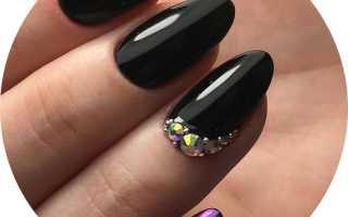 Завораживающий чёрный маникюр с узором: маникюр, фото дизайна ногтей
