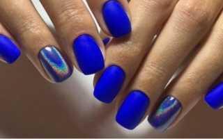 Темный синий маникюр с цветами для весны: маникюр, фото дизайна ногтей