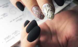 Слайдер-дизайн часы на чёрном: маникюр, фото дизайна ногтей