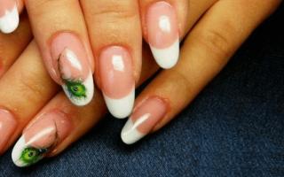 Восхитительный маникюр с перьями: маникюр, фото дизайна ногтей