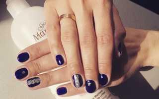 Глубокий синий: маникюр, фото дизайна ногтей