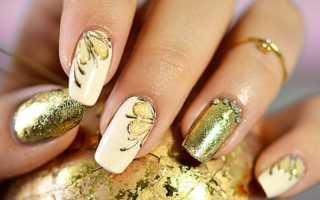 Много золота и блеска для длинных ногтей: маникюр, фото дизайна ногтей