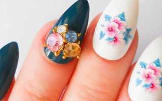 Весенняя роспись на красных ногтях: маникюр, фото дизайна ногтей