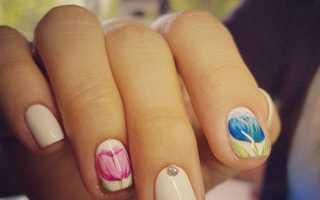 Весенний маникюр с ароматными тюльпанами: маникюр, фото дизайна ногтей