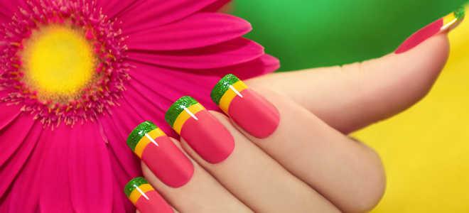 Френч с яркими разноцветными кружочками: маникюр, фото дизайна ногтей