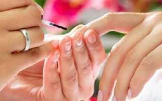 Матовые ногти с бархатом в клетку: дизайн с фото