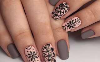 Серебряный стемпинг для синих ногтей: маникюр, фото дизайна ногтей