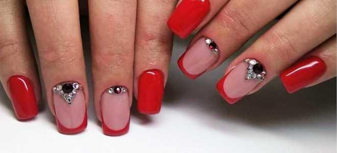 Красный френч с милым мишкой: маникюр, фото дизайна ногтей