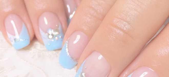 Голубые узоры и френч на длинных ногтях: маникюр, фото дизайна ногтей